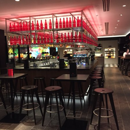 16 th floor lounge bar citizenm paris gare de lyon paris resmi tripadvisor. Black Bedroom Furniture Sets. Home Design Ideas