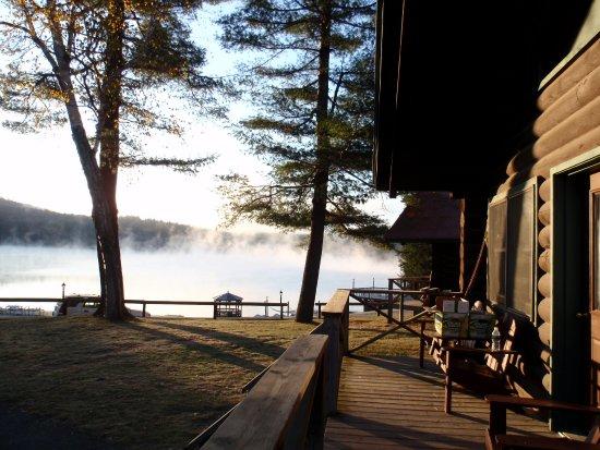 Ridin-Hy Ranch Resort: Cabin view