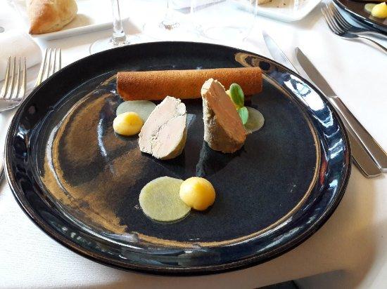 La salle de restaurant photo de le manoir de marcq - Restaurant la salle a manger marcq en baroeul ...