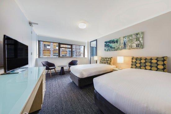 The Travelodge Sydney Dining Room