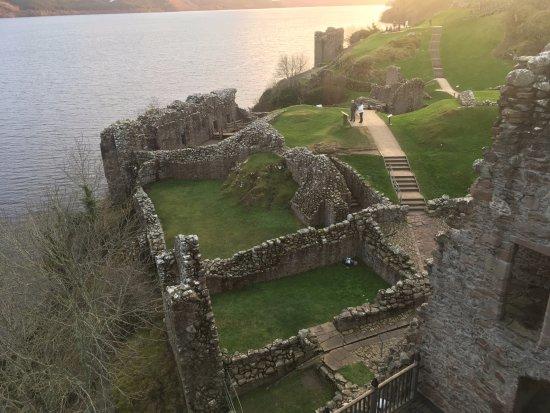 Urquhart Castle: Castle