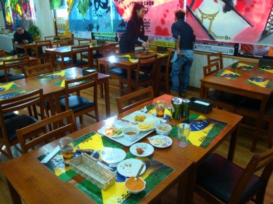 スーパーメルカドタカラ, 併設している食堂。