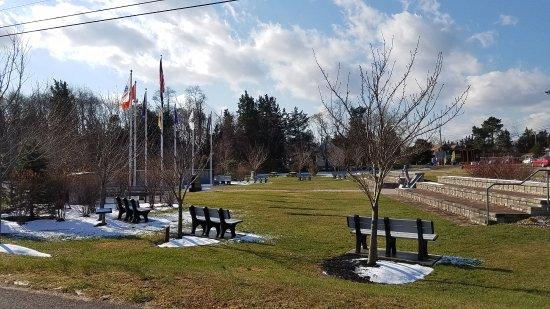 Veterans Memorial Park at Glenn by the Bay