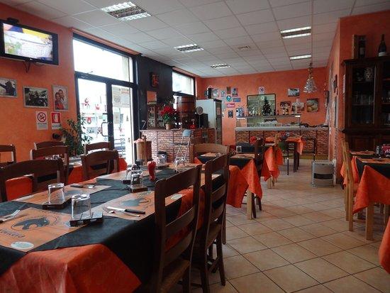 Pavona, Italien: Locale