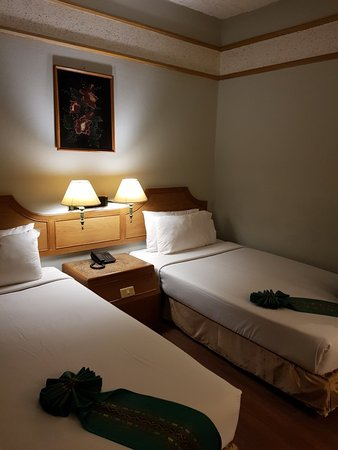 golden city hotel reviews  ratchaburi  thailand