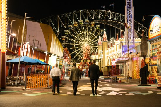 Milsons Point, Australia: Luna Park Sydney Midway