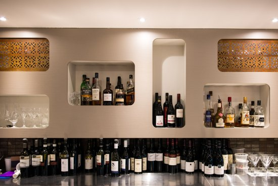 Lindisfarne, Australia: Bar area
