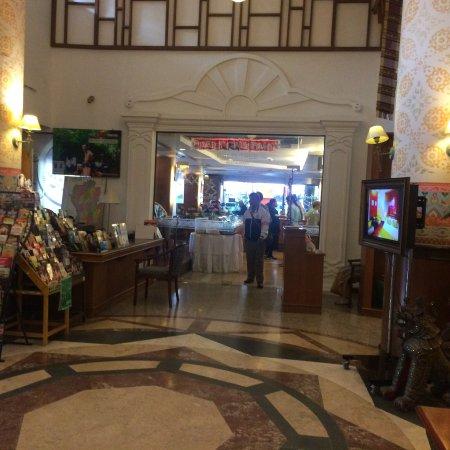 Chiang Mai Gate Hotel: photo1.jpg