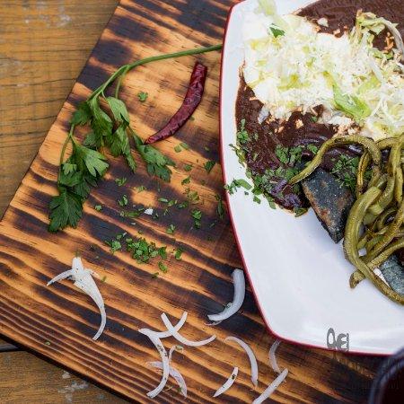 """El Apapacho """"Comida Nada Gourmet y Arte"""""""