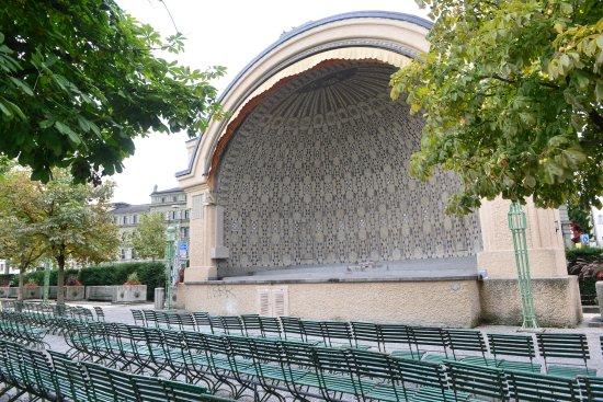 Musikpavillon am Nationalquai
