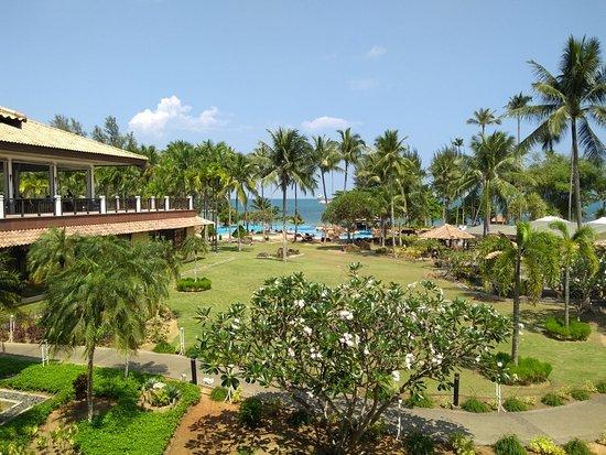 Nirwana Gardens Resort Hotel