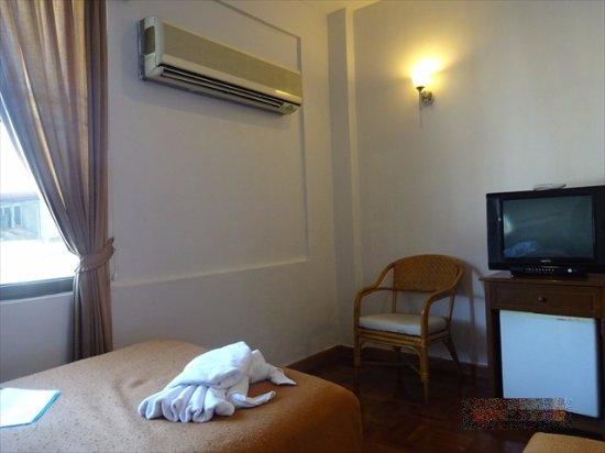 Baiyoke Chalet Hotel: 窓からの眺めは良くない