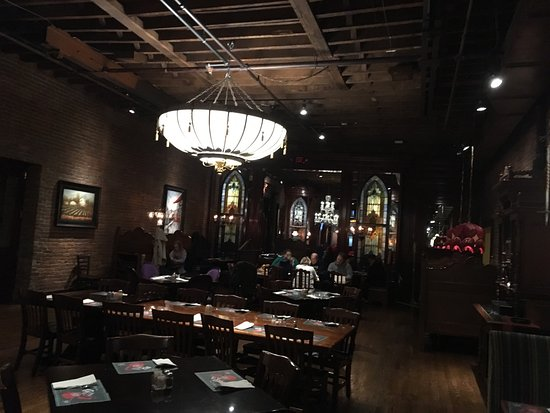 The old spaghetti factory nashville downtown nashville for Dining nashville tn