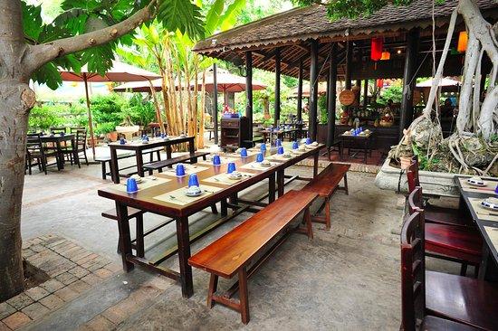 Lang ngon authentic vietnamese cuisine foto de lang ngon vietnamese cuisine restaurant nha for Authentic vietnamese cuisine
