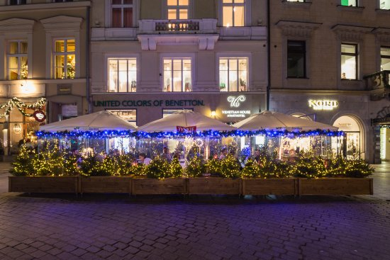 Market Square Garden At Christmas Picture Of Venetian House