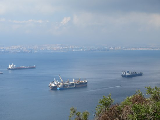 Sandy Bay: Mighty Shipping Port