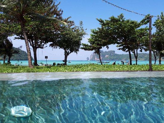 PP Charlie Beach Resort: IMG-984a1a4a60260eff6de3d211a5a248b1-V_large.jpg