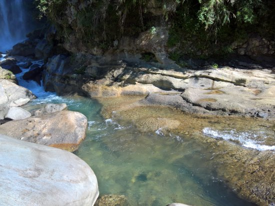 Bomod-Ok (Big) Falls: Clear water of Bomod-Ok Falls