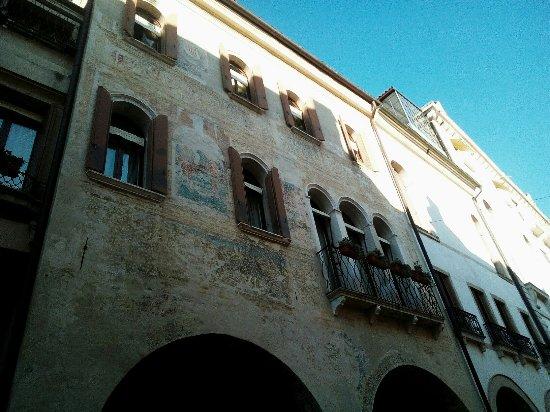 Conegliano, Italy: Palazzo Grimani, giá Vettori Giordani