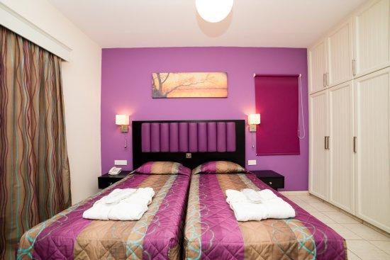 كيفالوس - دامون هوتل أبارتمينتس: Superior bedroom 