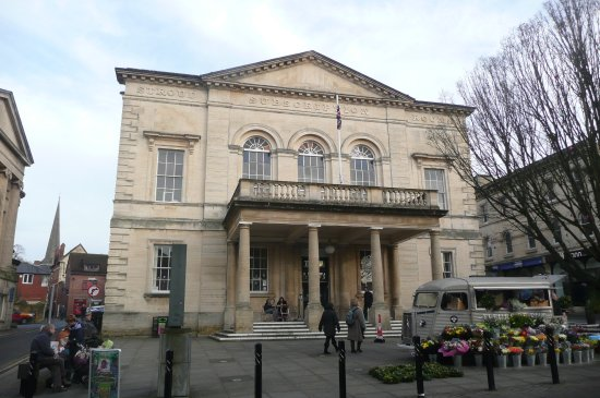 ‪Stroud Subscription Rooms‬