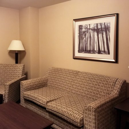 Holiday Inn Express Hotel & Suites Courtenay Comox Valley SW: photo1.jpg