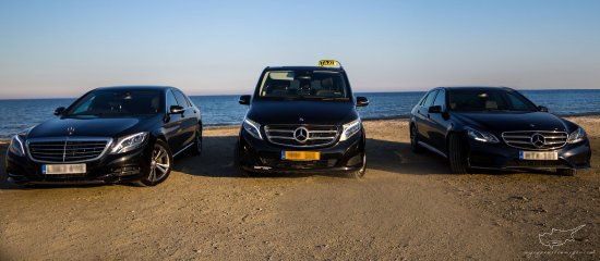 Larnaka, Kıbrıs: Part our fleet. Our transport network includes 30 vehicles at your service.