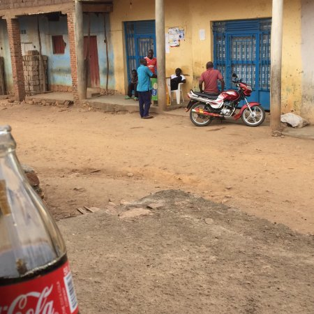 Rwandan Adventures: photo3.jpg
