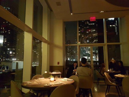 Jean Georges: 窗外是川普大樓的地球 以及哥倫布圓環