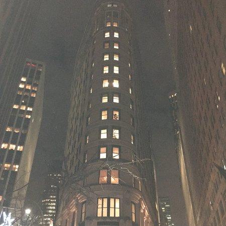Wall Street Court