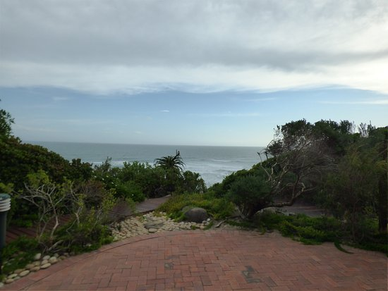 Dolphin Dunes Guesthouse: Sitting on patio, the view