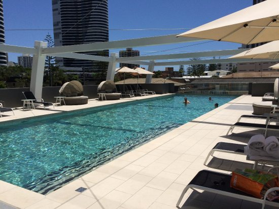 Stunning pool picture of avani broadbeach gold coast for Pool show on foxtel