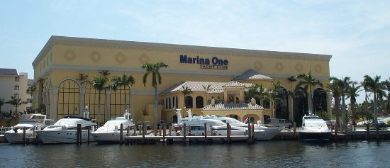 Дирфилд-Бич, Флорида: South Florida Premier Marina, and Boating Facility