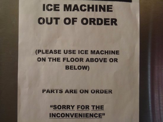 Tropicana Laughlin: ICE MACHINE - bezeichnend für den Hotelzustand