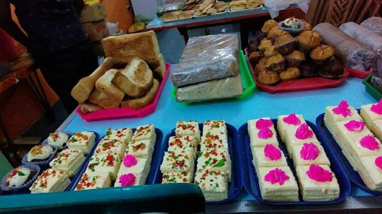 Nalin hotel & bake house: Various kind sweets & cakes