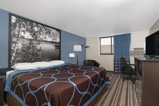 Willmar, MN: Non Smoking King Bed Room