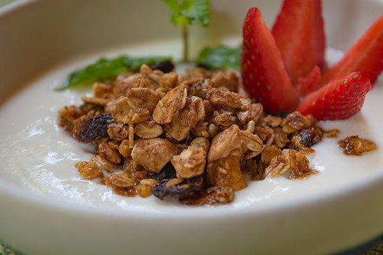Nectar at Florblanca Resort: Breakfast bowl.. Freshly made!