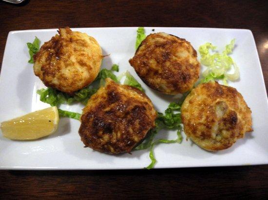 Kilmarnock, Βιρτζίνια: Family recipe mini crab cakes