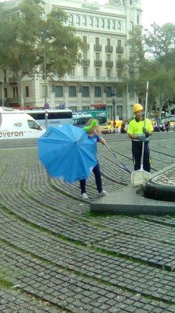 original barcelona free walking tour group pic photo de