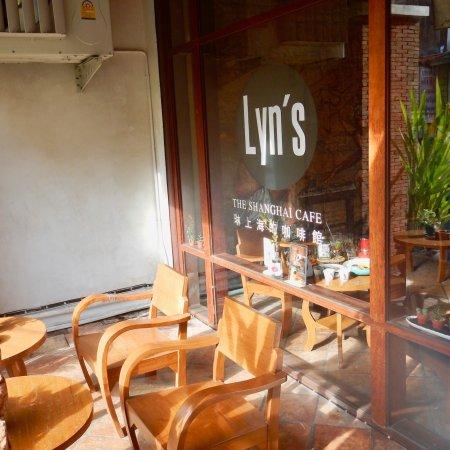 Lyns The Shanghai Cafe