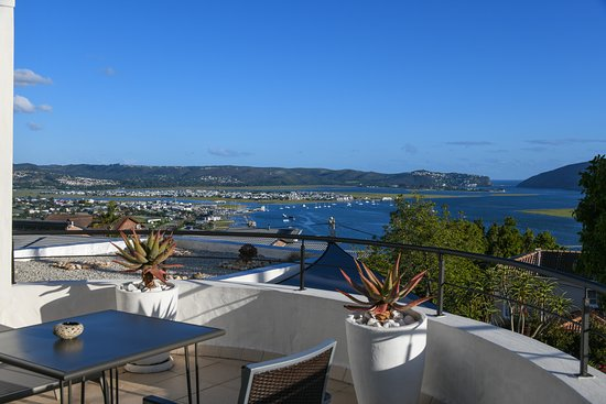 Villa Afrikana Guest Suites Photo