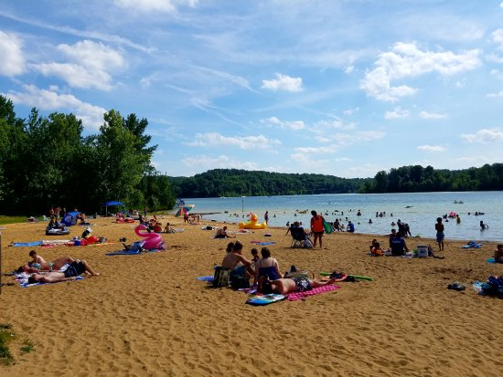 Mammoth Cave, KY: A busy day on the public beach at Nolin Lake State Park