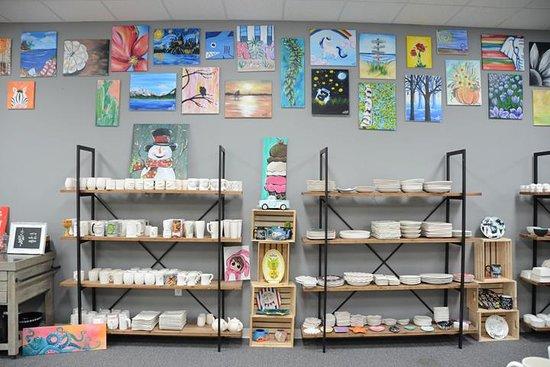 Washington, IL: Art at the Bodega
