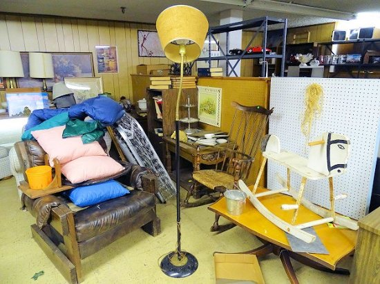 Inside Picture Of Landmark Antique Mall Bluefield