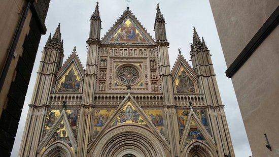 Duomo di Orvieto: 20171212_152621_large.jpg