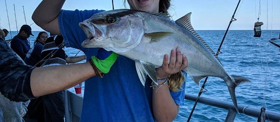 New florida girl party fishing boats destin all you for Party boat fishing florida