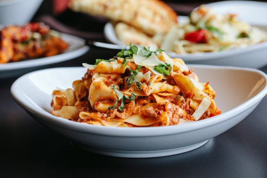 110 Grill: 110 Grill Pappardelle Bolognese