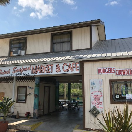 Local favorite must visit for local seafood and pie