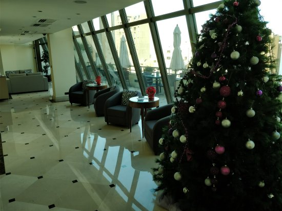 Radisson Blu Martinez Hotel, Beirut: Business lounge