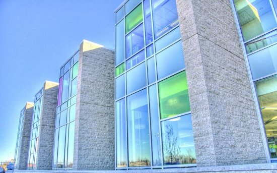 Sherwood Park, Canada: Exterior of the Strathcona County Library
